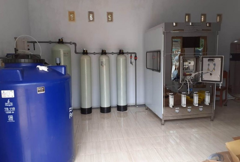 Hal Yang Perlu Diperhatikan Sebelum Membeli Mesin Penyuling Air